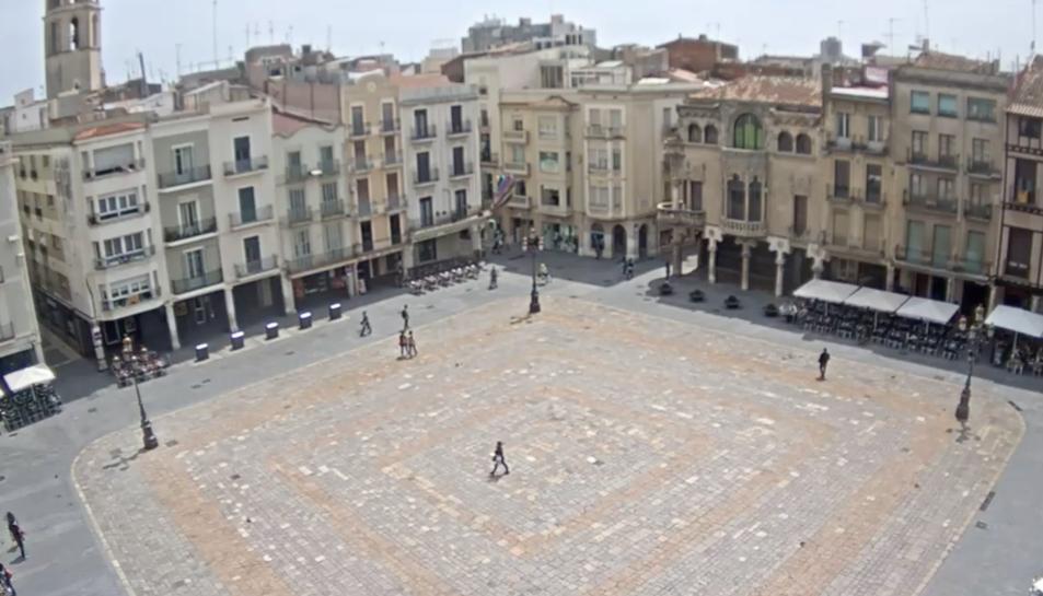 Mira en directe la plaça del Mercadal de Reus a través de la nova webcam de Reus.cat