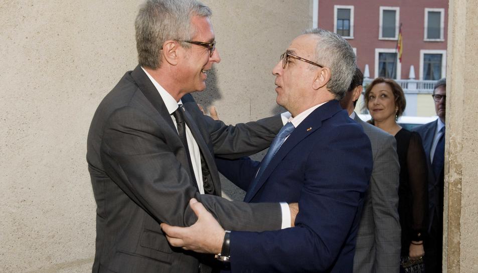 L'alcalde de Tarragona, Josep Fèlix Ballesteros i el president del Comitè Olímpic Español, Alejandro Blanco.