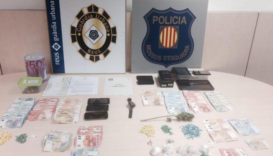 Cinc persones acaben detingudes després d'una batuda antidrogues al barri Sant Josep Obrer