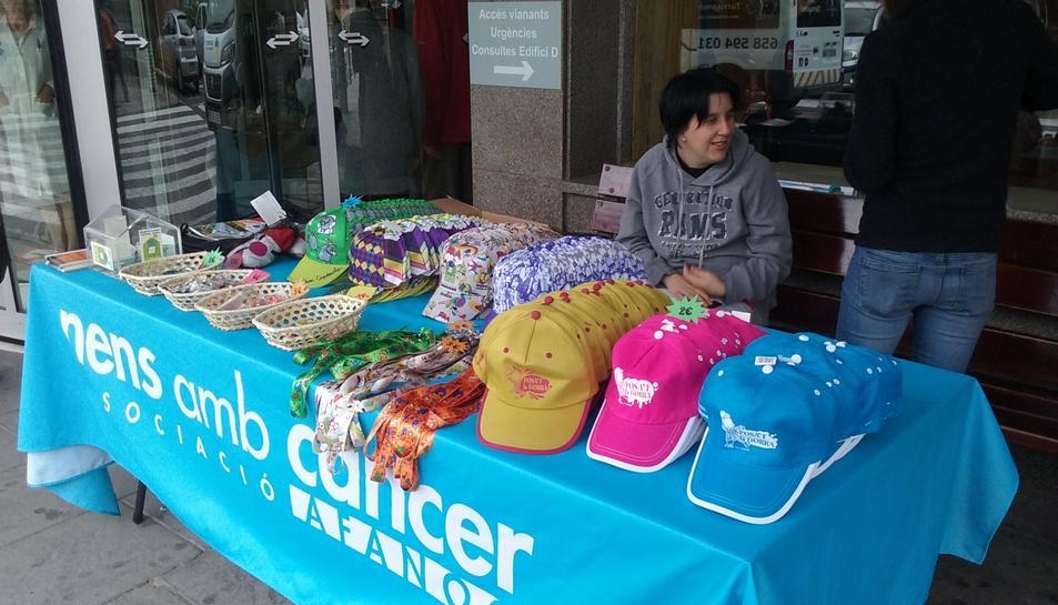 AFANOC inicia la campanya 'Posa't la gorra!'