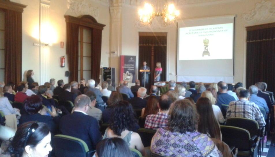 El lliurament dels premis de l'Acadèmia Gastronòmica de Tarragona va tenir lloc a la Sala d'Actes de l'Ajuntament.