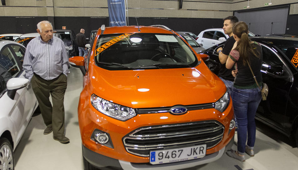 La venda de cotxes de gerència i de segona mà ha augmentat en el sector de l'automobilisme.