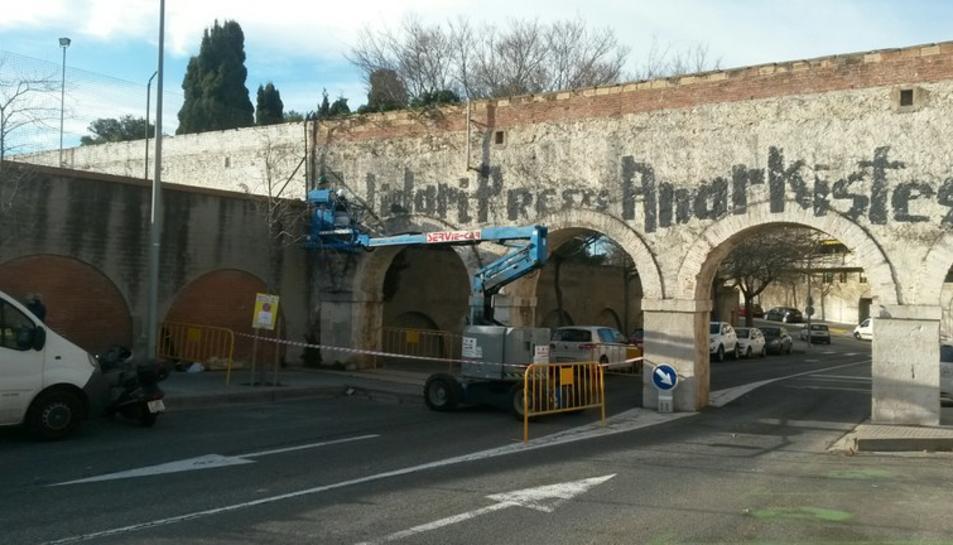 Les pintades costen 180.000 euros a les arques municipals els últims tres anys