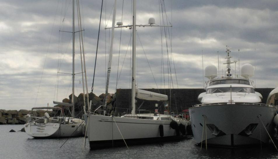 L'empresari Juan Entrecanales és actualment el propietari de l'embarcació.