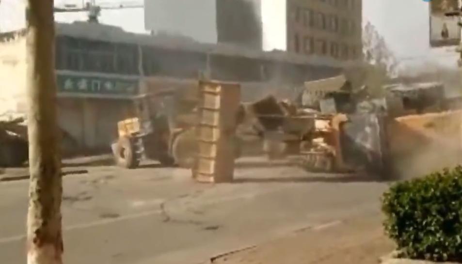 Guerra d'excavadores a Shangai