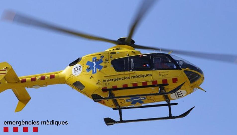 Un accident amb un tractor entre la Selva i Vilallonga provoca 8 ferits