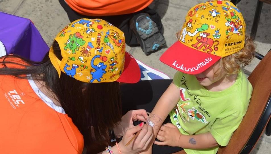 'Posa't la gorra' per combatre el càncer infantil