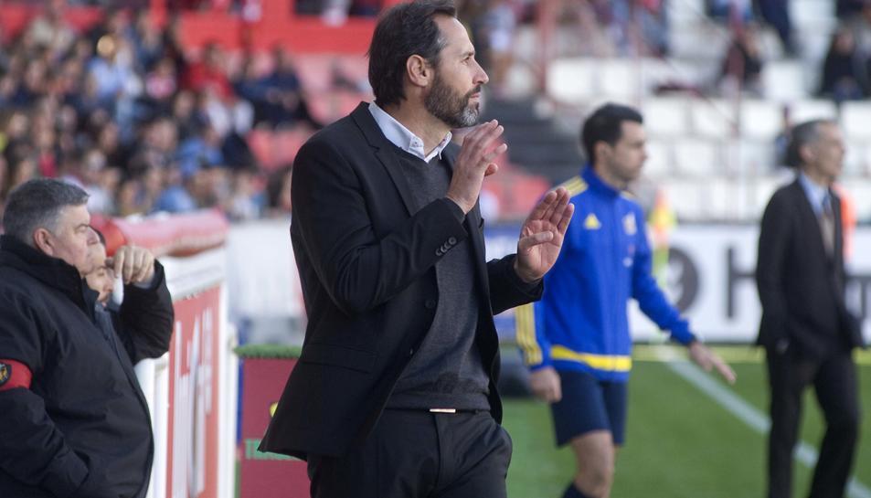 Vicente Moreno apel·la a l'orgull del Mirandés: ''No em va fer gràcia que el Nàstic pugés a Xerez''