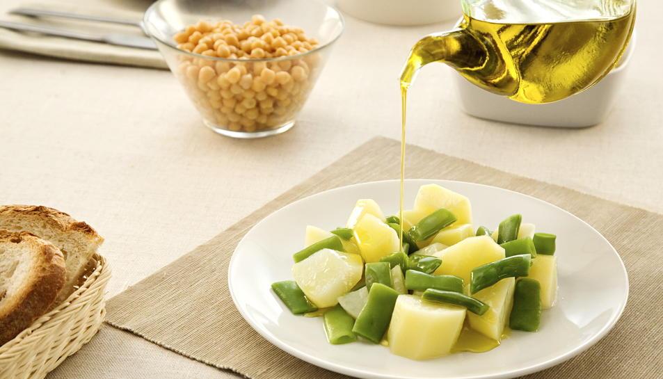 La dieta mediterrània rica en greixos saludables s'associa a una lleugera reducció de pes