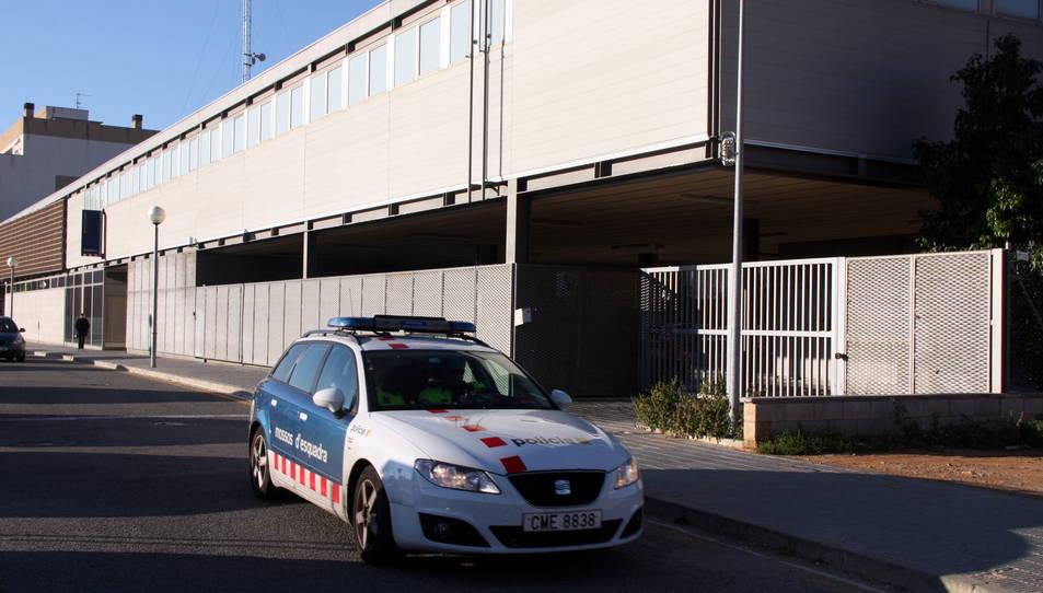 Els Mossos detenen un home per un robatori amb força en un domicili del Vendrell
