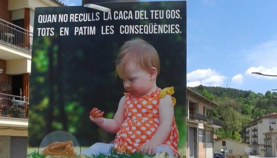 Imatge d'un dels cartells distrubuïts pel municipi