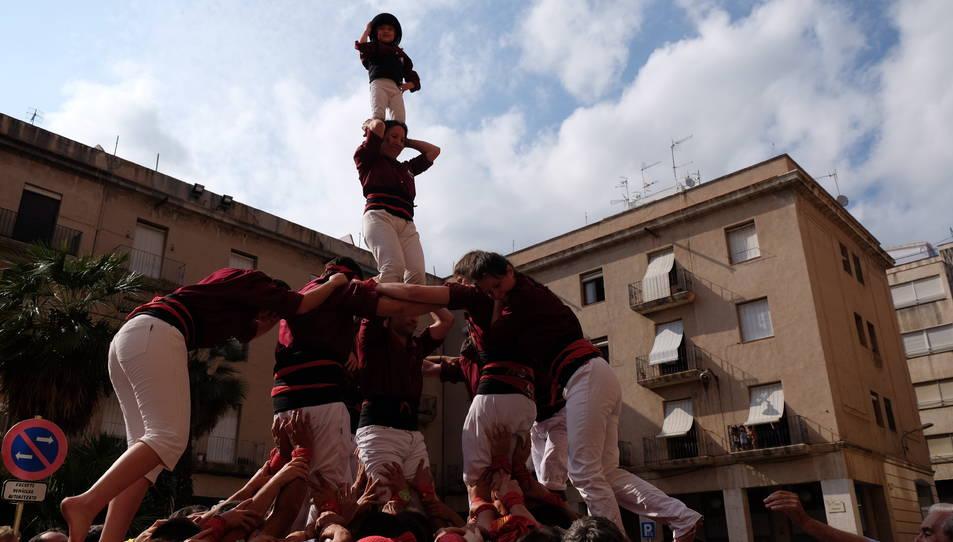 4de6 dels Castellers de Tortosa a la diada del seu bateig.