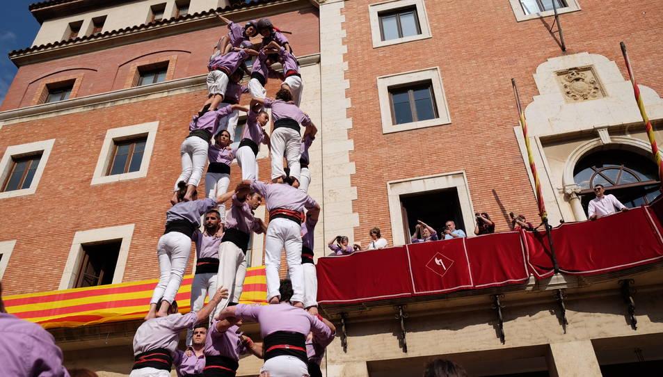 5de7 de la Colla Jove de Tarragona a la diada de bateig dels Castellers de Tortosa.