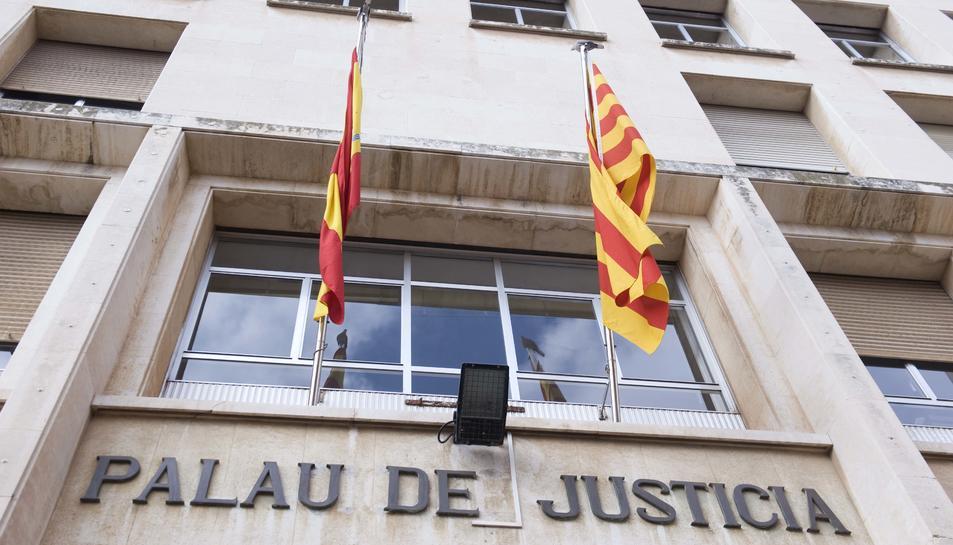 La Generalitat reformarà la zona per detinguts del Palau de Justícia