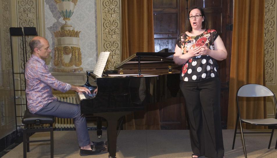 Marta Mathéu, cantant i Jordi Soler, al piano, actuaran al festival