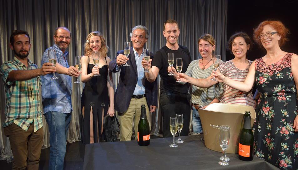 Abans de la signatura, Anna Moliner i Joan Negrié han representat una part de You say tomato.