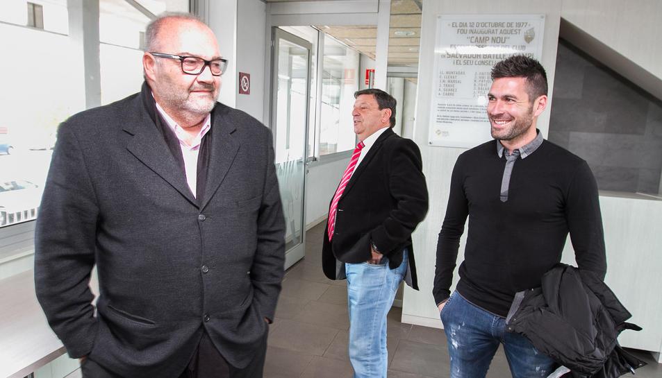 Jaume Delgado, a la dreta, amb el Conseller Delegat del CF Reus Joan Oliver i el president Xavier Llastarri, en una imatge d'arxiu.