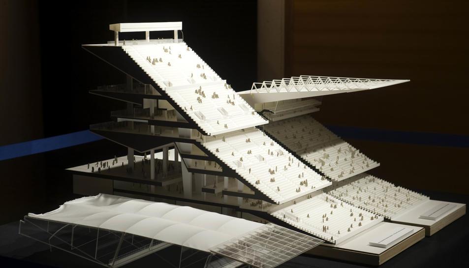 Secció lateral de la maqueta del projecte del nou Camp Nou.