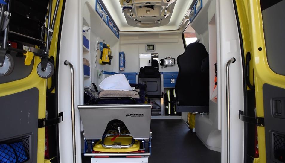 L'interior d'una ambulància.