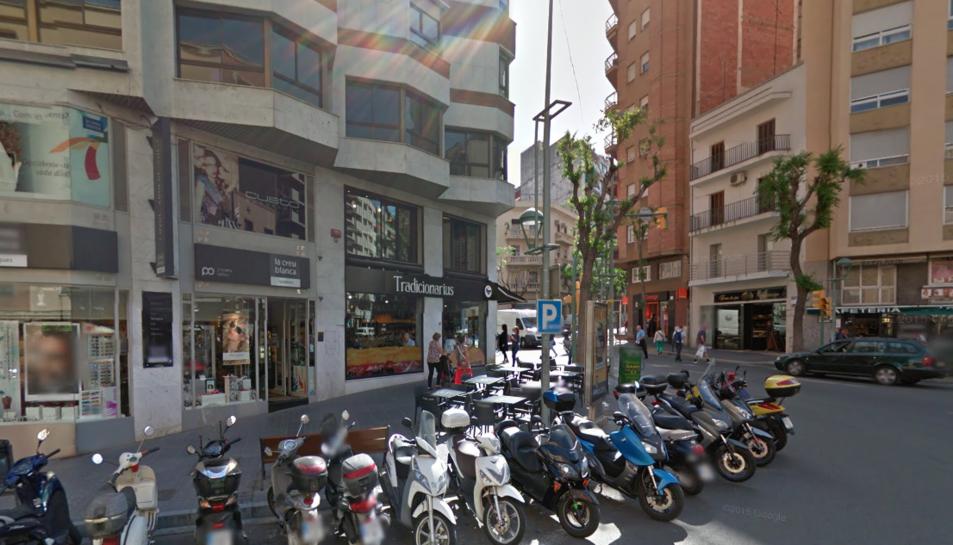 Els fets van passar a la cantonada entre Ramon i Cajal i Prat de la Riba.