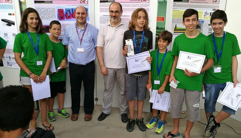 L'equip d'Alcover Fem1 guanya el concurs de robòtica EtseBot de Tarragona