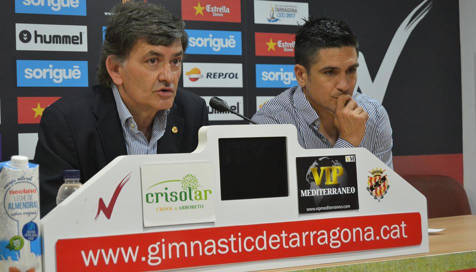 Xisco Muñoz es retira i entra a formar part del cos tècnic del Nàstic