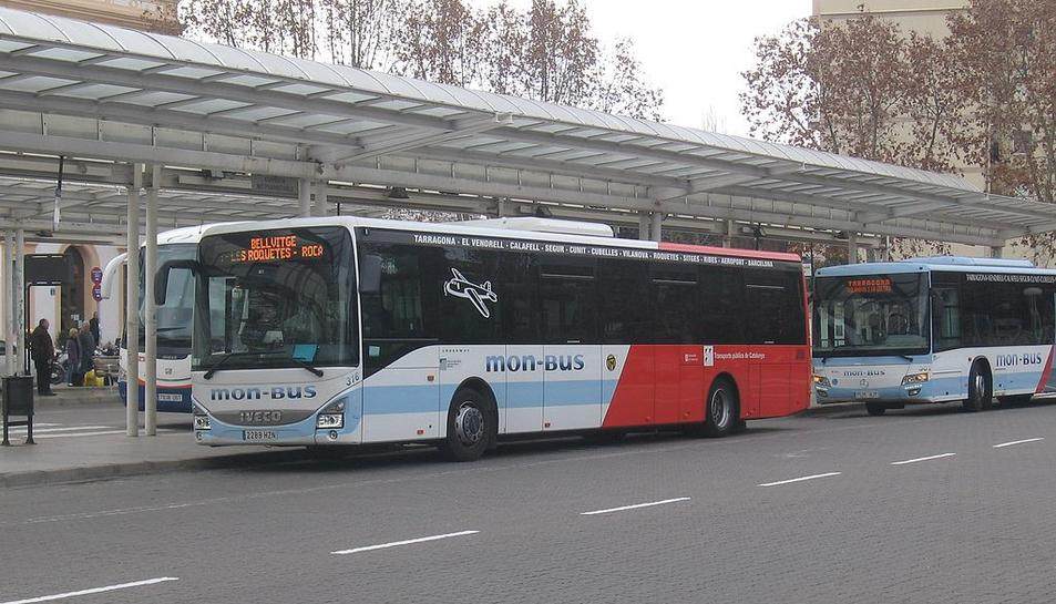 Vendrell i Vilanova, connectats per un bus nocturn a l'estiu