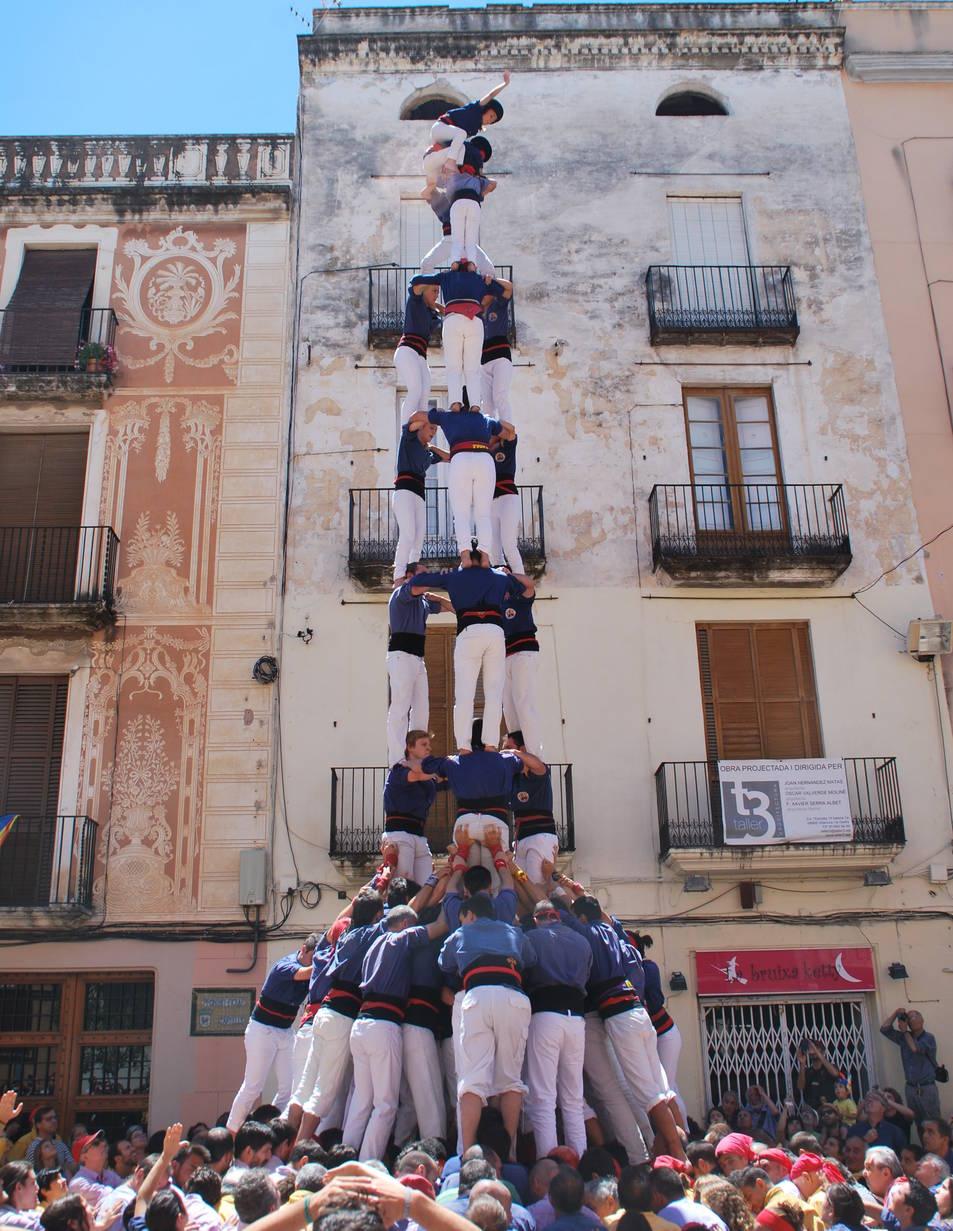 3de9f dels Capgrossos de Mataró a la diada de La Grallada de Vilanova.