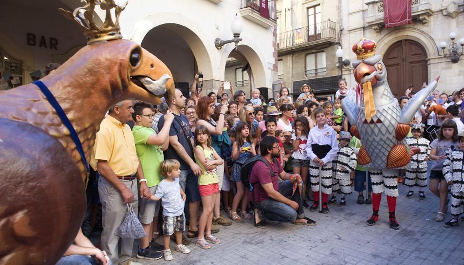 L'Àliga petita s'ha presentat en societata acompanyada de la de Vilafranca.