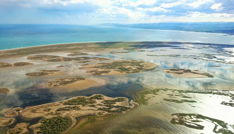 Una de les imatges del Delta pujades per Calleja.