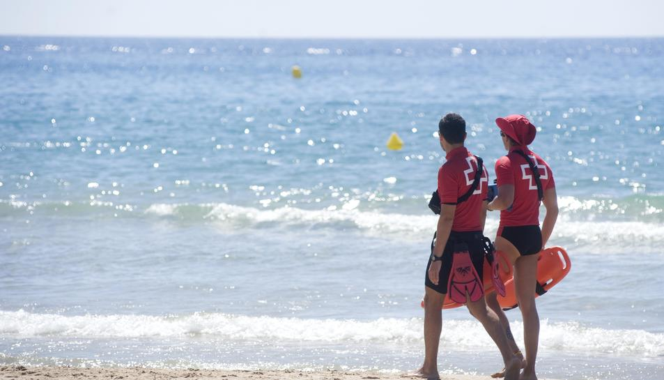 La campanya de seguretat, salvament i neteja a les platges tarragonines dóna el tret de sortida amb l'inici de l'estiu