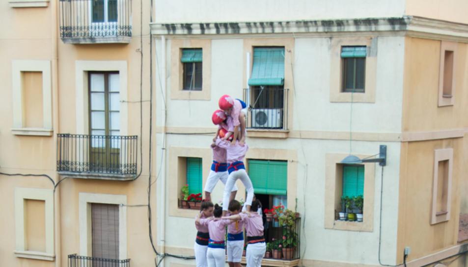 4de8 dels Xiquets de Tarragona a la tercera ronda.
