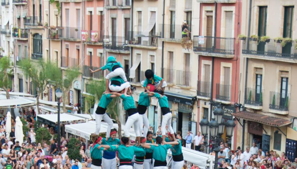 7de7 dels Castellers de Sant Pere i Sant Pau a la tercera ronda.