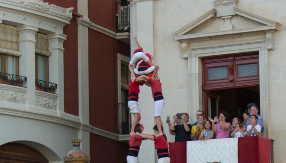 2de8 folrat dels Nens del Vendrell a la tercera ronda a la diada de Sant Pere.