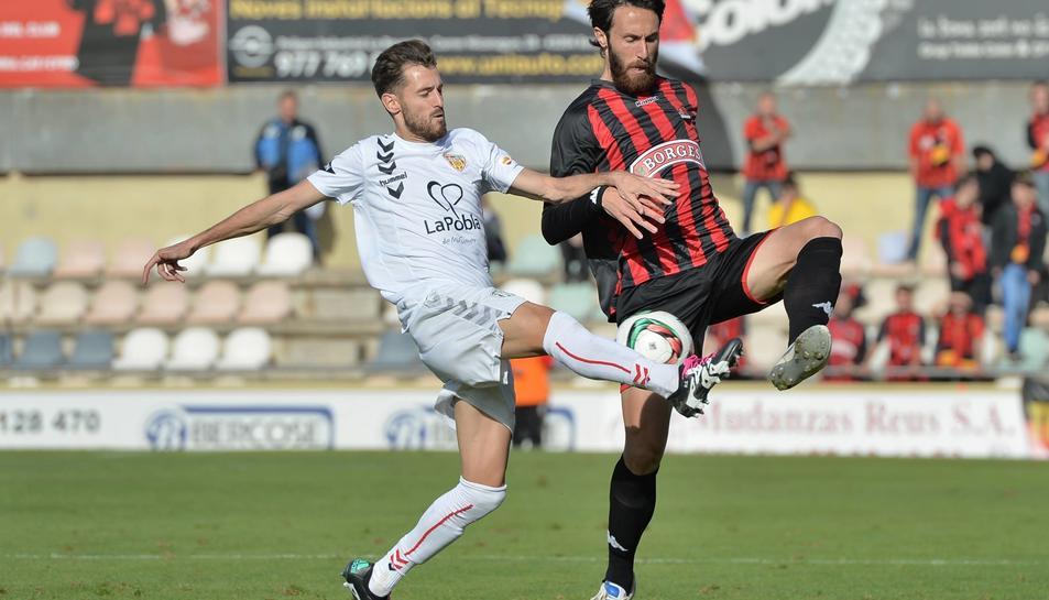 El futbolista ha jugat gairebé sempre a la categoria de plata del futbol espanyol.