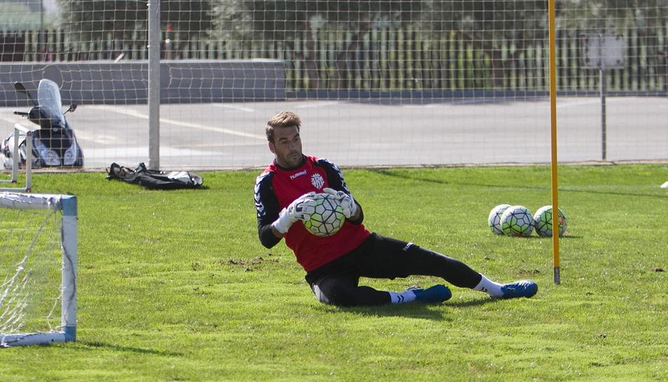 Manolo Reina, entrenant al Complex Esportiu Futbol Salou.