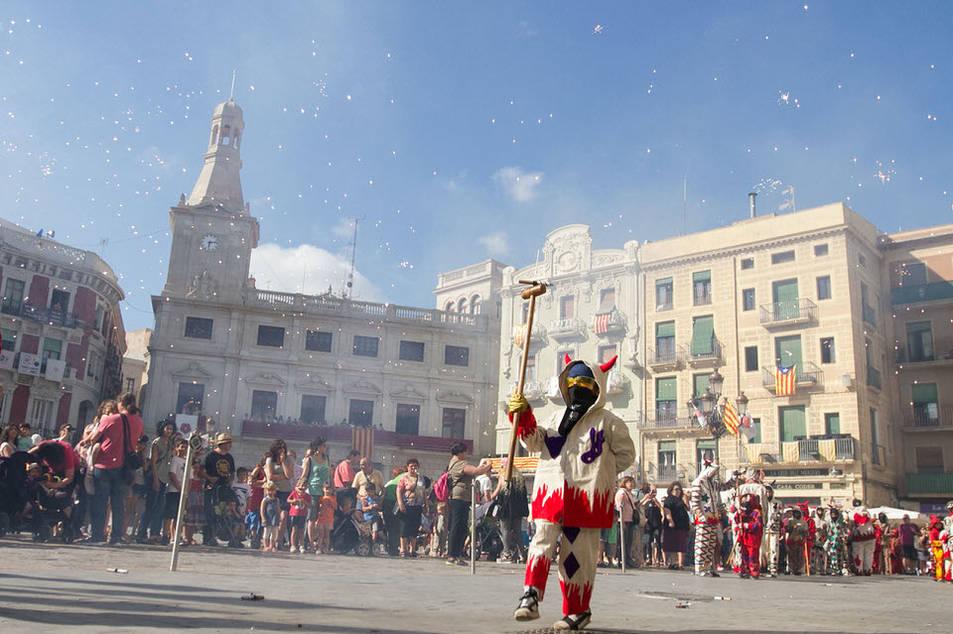 Els reusencs i reusenques més petits de la ciutat s'han convertit en els protagonistes de Sant Pere amb el Seguici Petit.