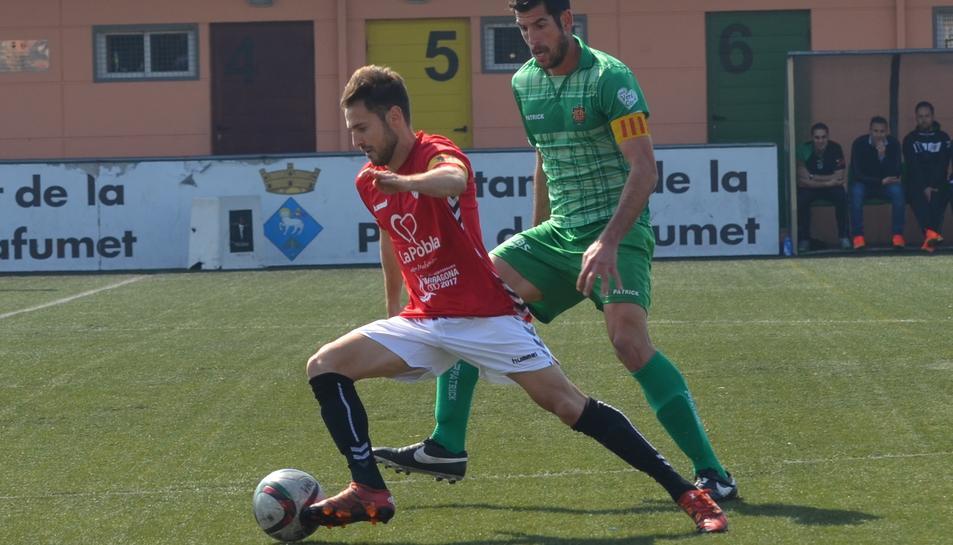 Alfons, jugant contra el Cornellà