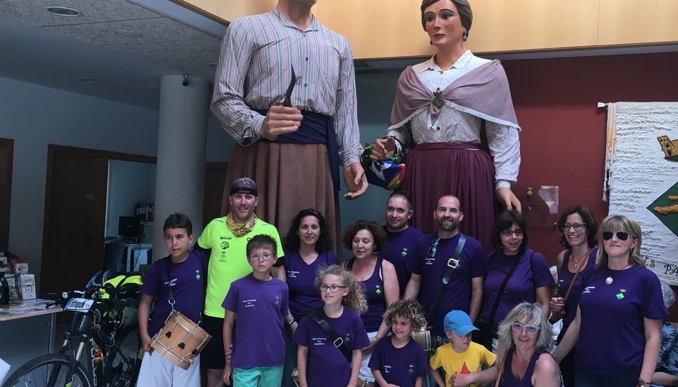 El viatge solidari d'Amsterdam a Pallaresos recapta més de mil euros