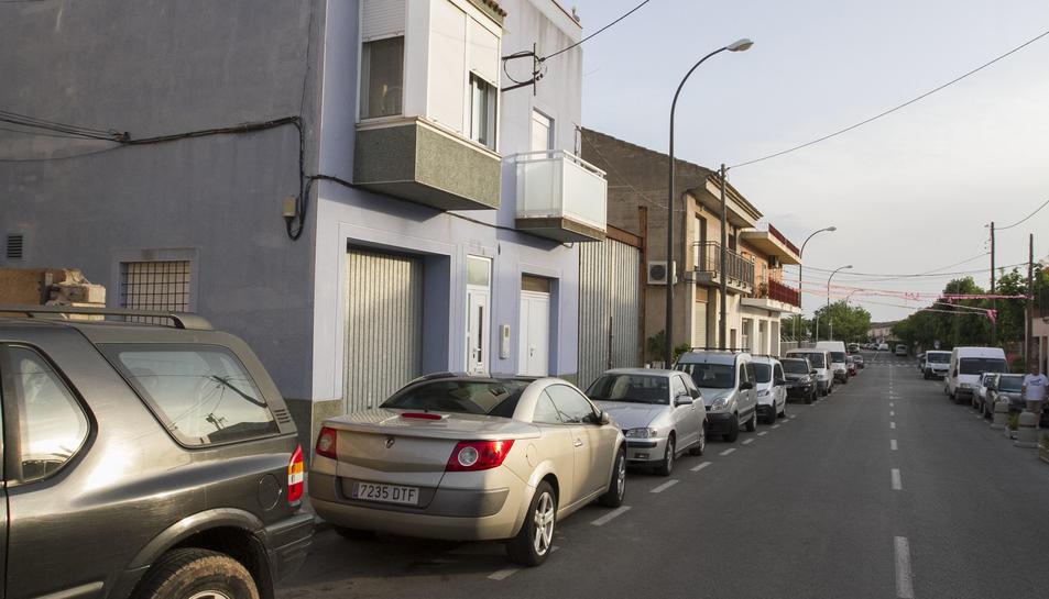 La casa està entre el barri Juroca i el barri Montserrat.