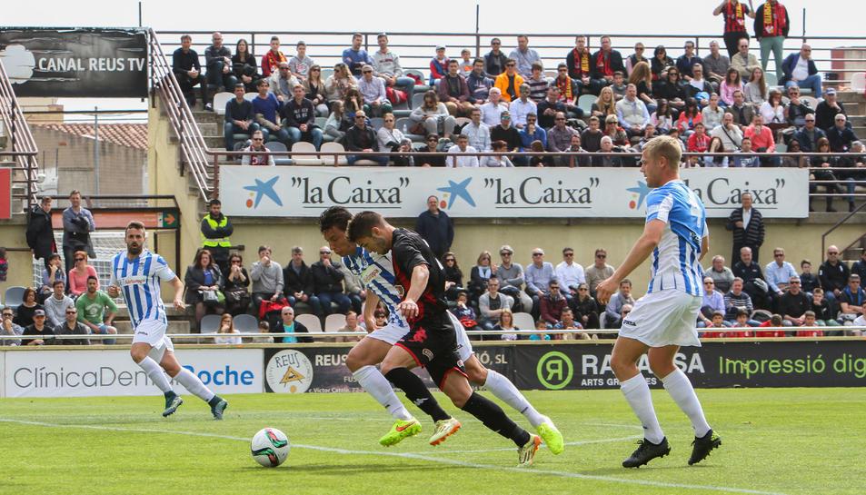 Fran Carbia, durant el duel contra el Balears