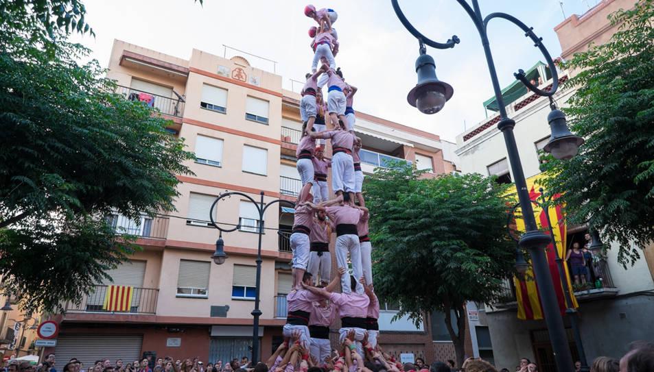 4de8 dels Xiquets de Tarragona a la diada de Sant Pere al Serrallo.