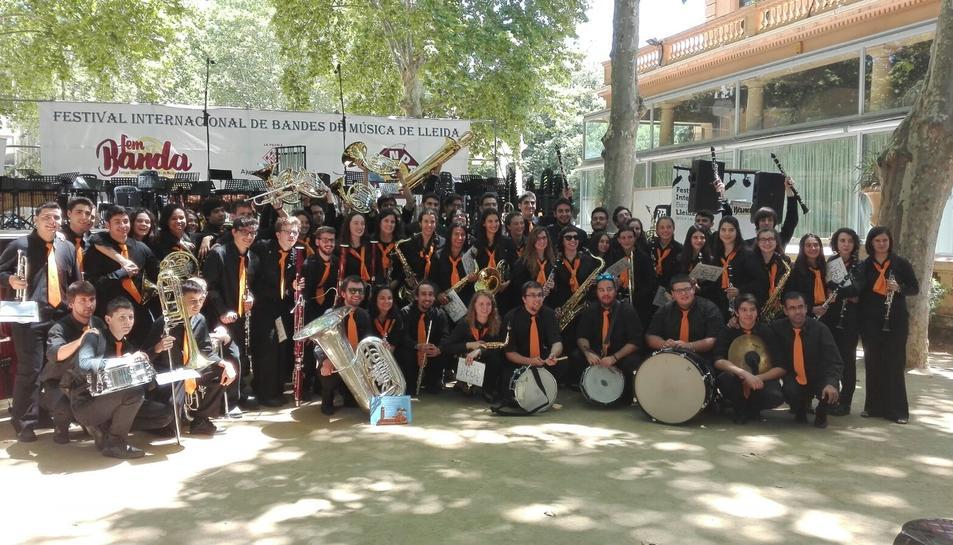 El conjunt musical reusenc està compost per uns 50 músics d'entre 13 i 25 anys.