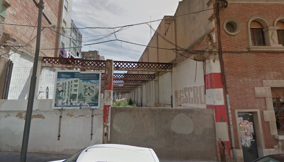 CiU denuncia un abocador il·legal en un solar privat del carrer Fortuny