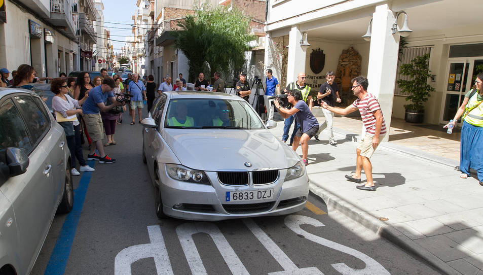 La Guàrdia Civil traslladant detingut l'enginyer de la Cala Gestió, Jaume Beltran