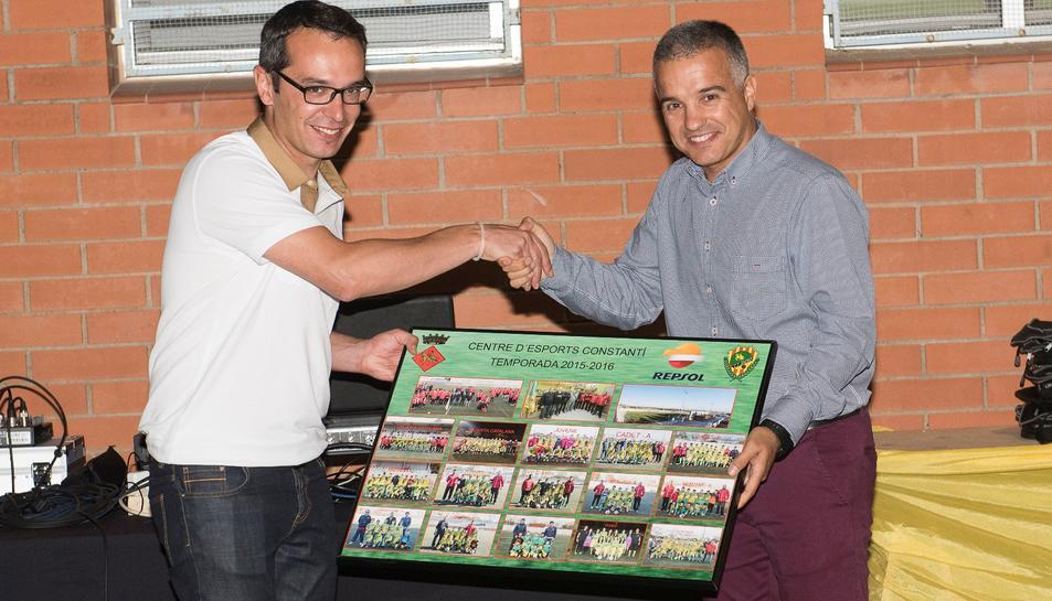 La Nit del Futbol va servir per a destacar la bona temporada de totes les categories del club.