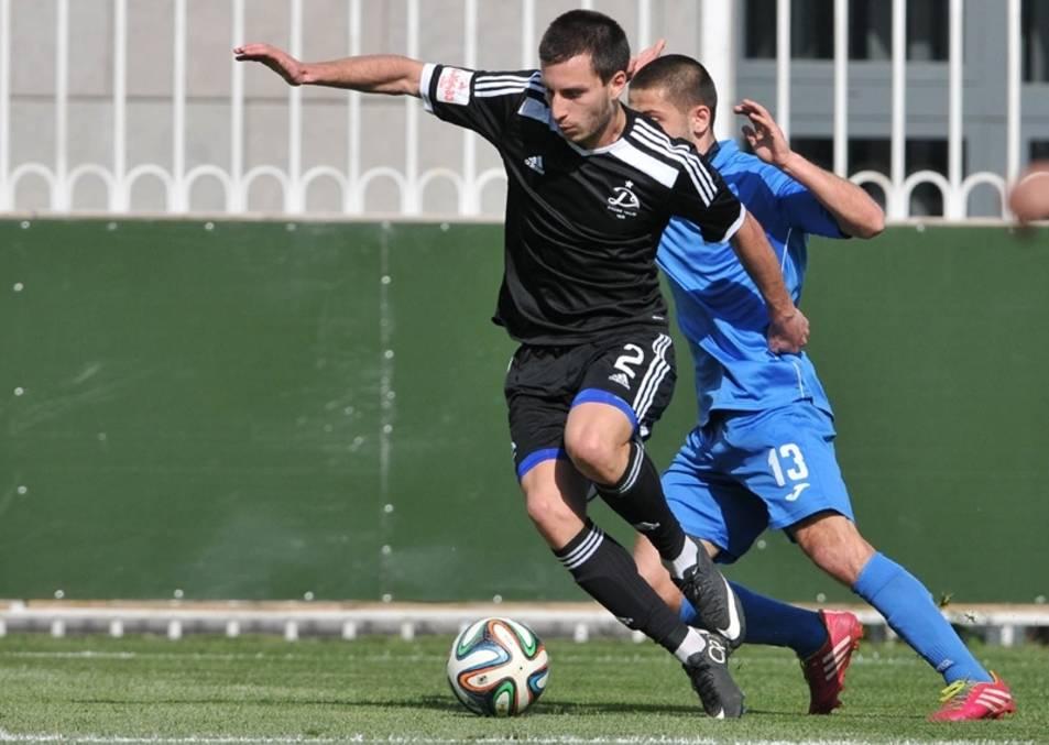Imatge del lateral amb el seu anterior equip, el Dinamo de Tbilisi.