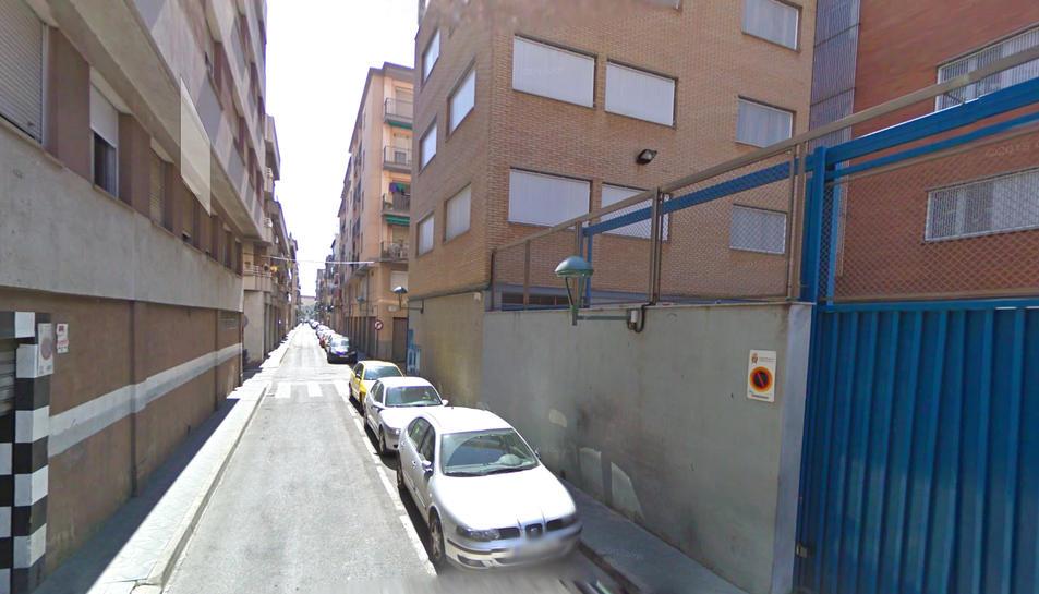 Carrer del Lleó, un dels carrers de la part baixa de la ciutat.