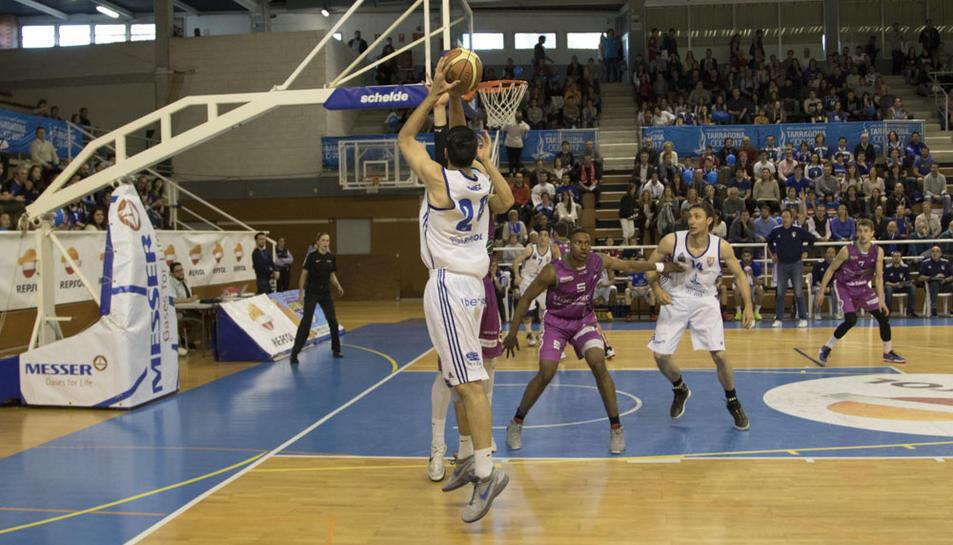 Els aficionats del Serrallo volen tenir bàsquet de primer nivell.