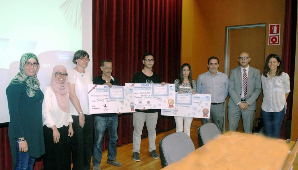 El principal objectiu de l'acte va ser donar suport als joves estudiants àrabs.